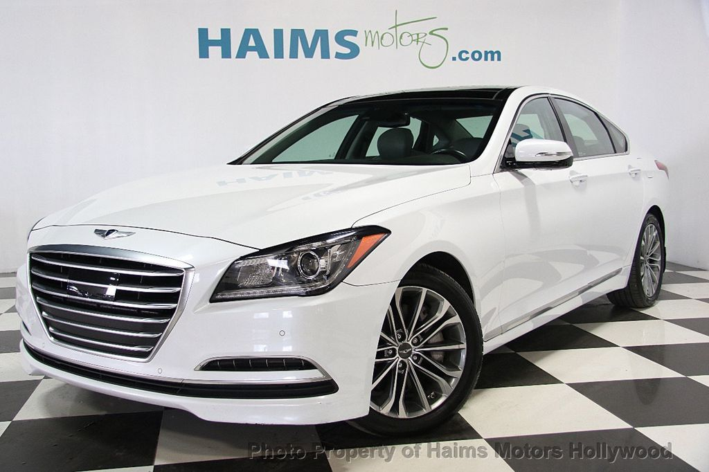 2015 Hyundai Genesis Base Trim - 16577530 - 0