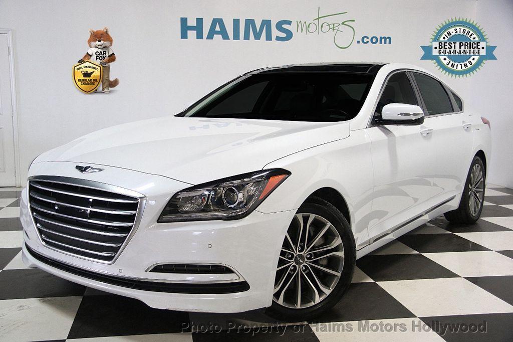 2015 Hyundai Genesis Base Trim - 17521492 - 0