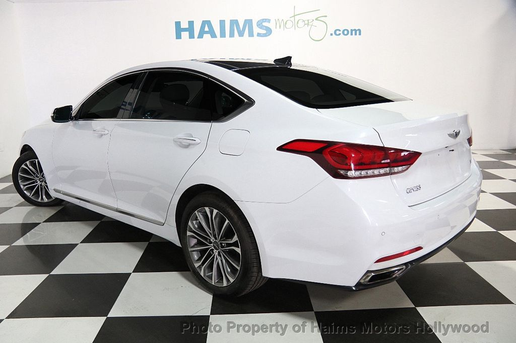 2015 Hyundai Genesis Base Trim - 17521492 - 3