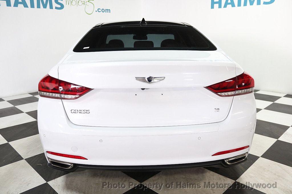 2015 Hyundai Genesis Base Trim - 17851849 - 5
