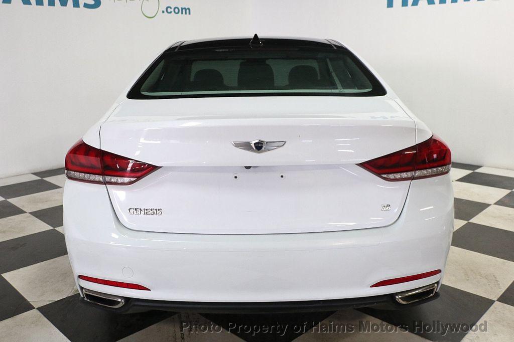 2015 Hyundai Genesis Base Trim - 17991697 - 5