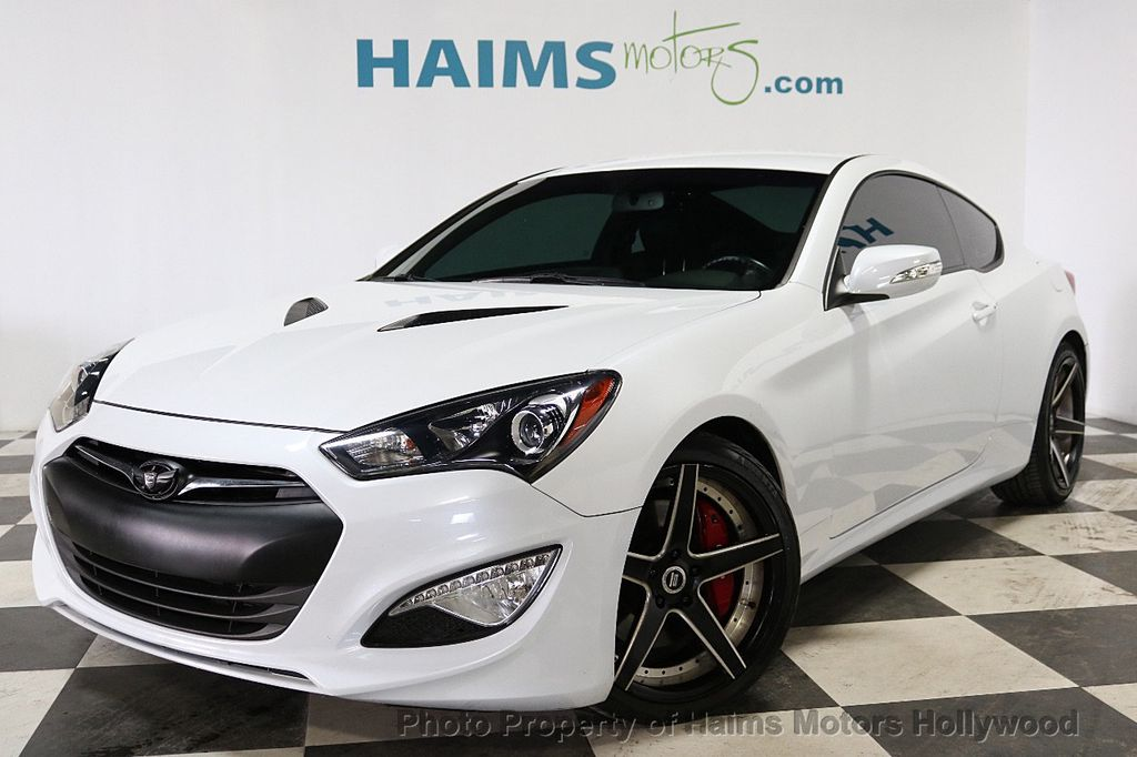2015 Hyundai Genesis Coupe 2dr 3.8L Manual Ultimate w/Black Seats - 18196929 - 1