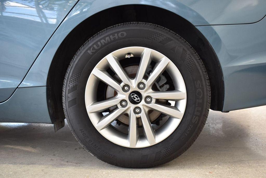 2015 Hyundai Sonata 4dr Sedan 2.4L SE - 18546145 - 10