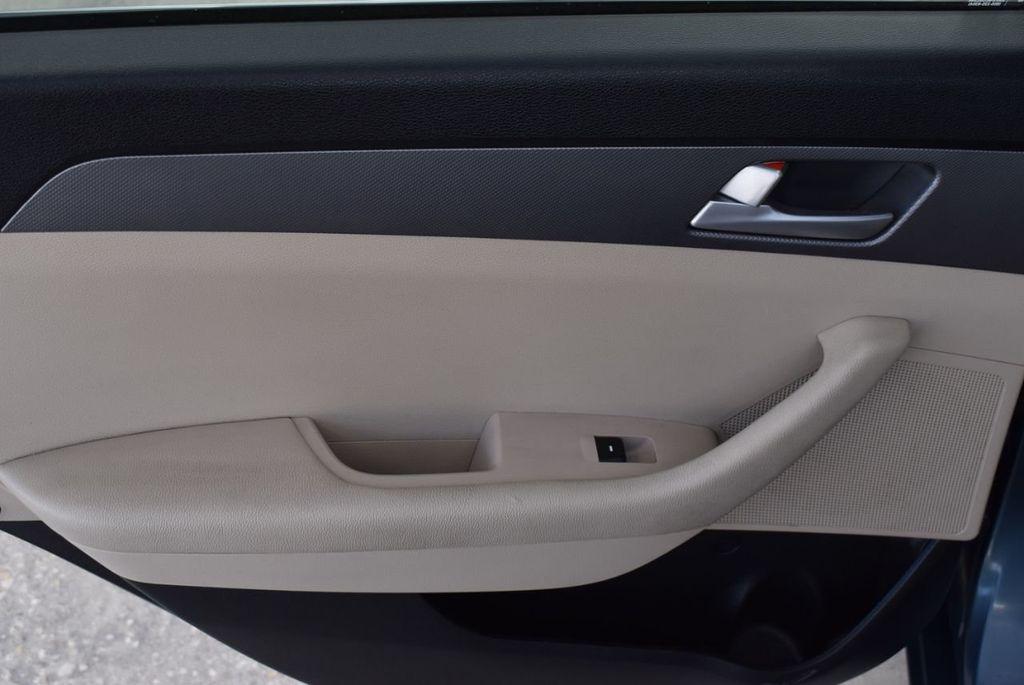 2015 Hyundai Sonata 4dr Sedan 2.4L SE - 18546145 - 13