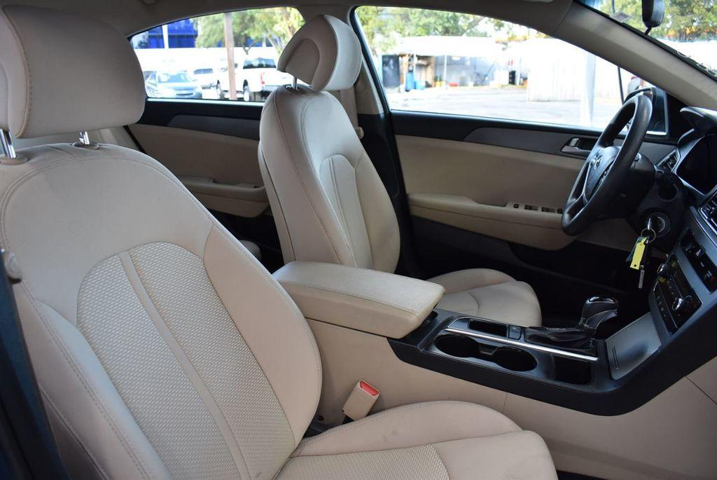 2015 Hyundai Sonata 4dr Sedan 2.4L SE - 18546145 - 24