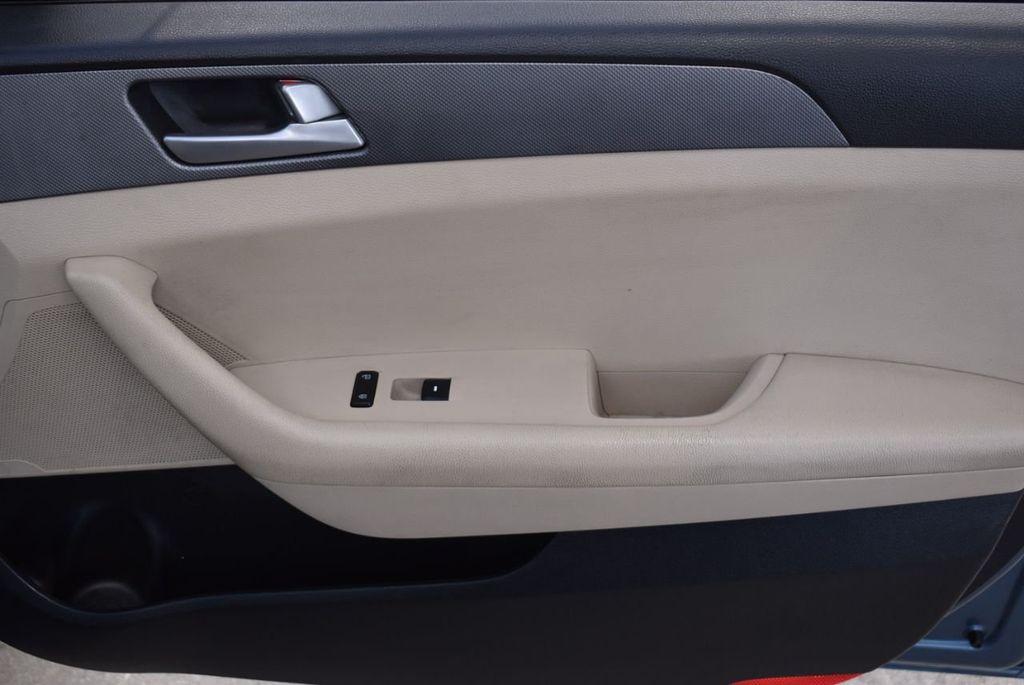 2015 Hyundai Sonata 4dr Sedan 2.4L SE - 18546145 - 25