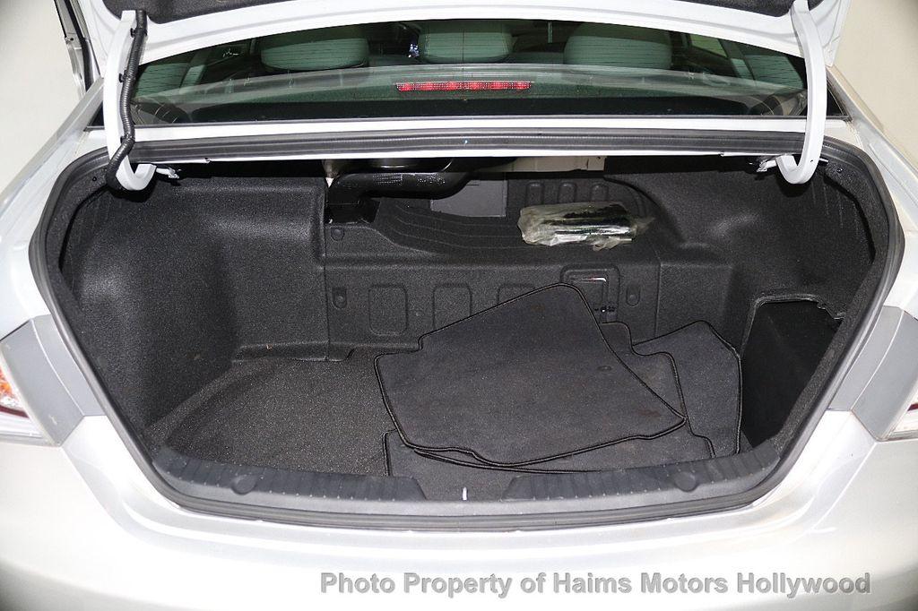 2015 Hyundai Sonata Hybrid 4dr Sedan Limited - 17680788 - 10