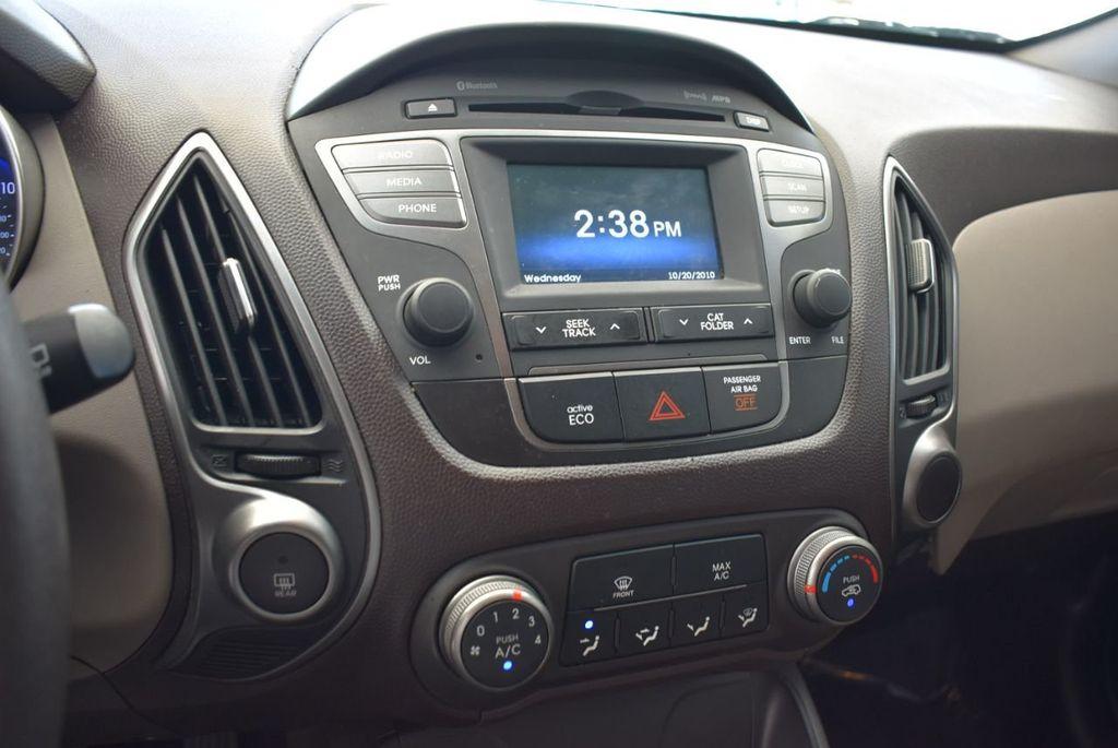 2015 Hyundai Tucson FWD 4dr GLS - 18211308 - 10