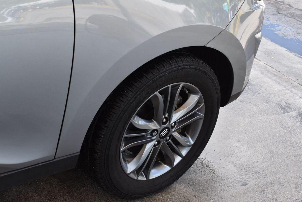 2015 Hyundai Tucson FWD 4dr GLS - 18211308 - 7