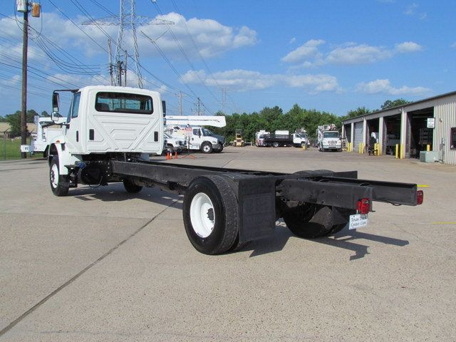 2015 International 4300 Cab Chassis - 14307324 - 5