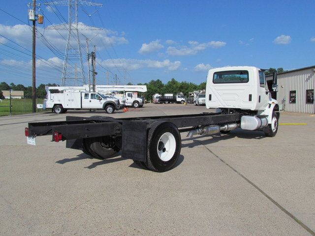 2015 International 4300 Cab Chassis - 14307324 - 7