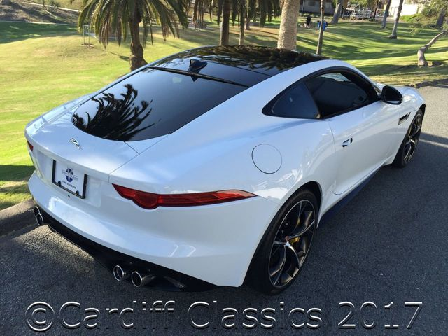 2015 Jaguar F-TYPE SUPERCHARGED R COUPE - Click to see full-size photo viewer