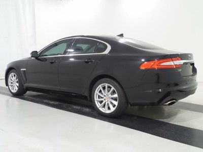 2015 Jaguar XF 2.0T PREMIUM - Click to see full-size photo viewer