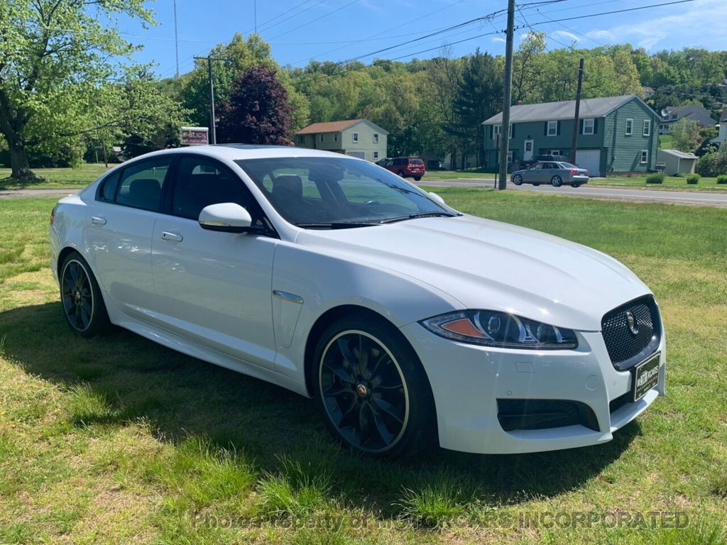 2015 Jaguar XF 4dr Sedan V6 Sport AWD - 18998965 - 1