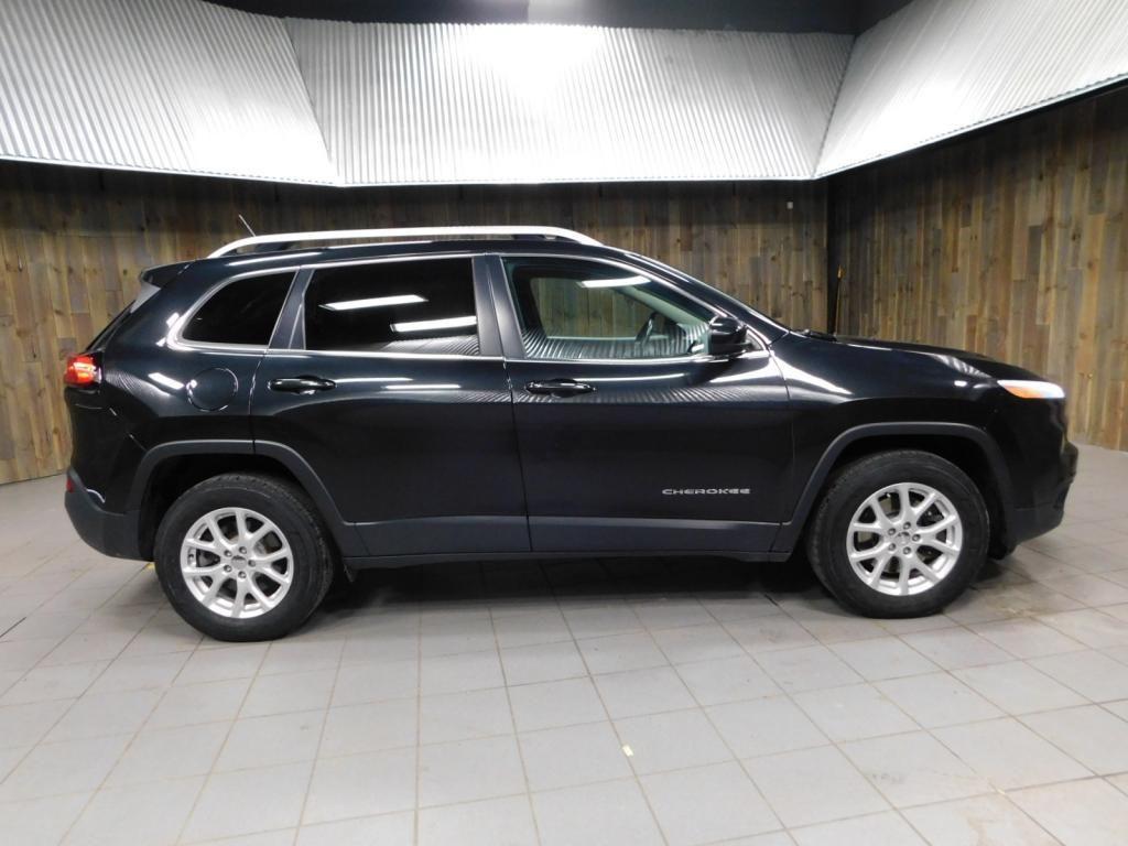 2015 Jeep Cherokee Latitude - 18198050 - 9