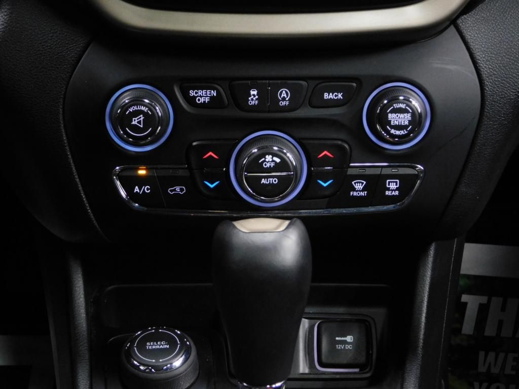 2015 Jeep Cherokee Latitude - 18198050 - 33