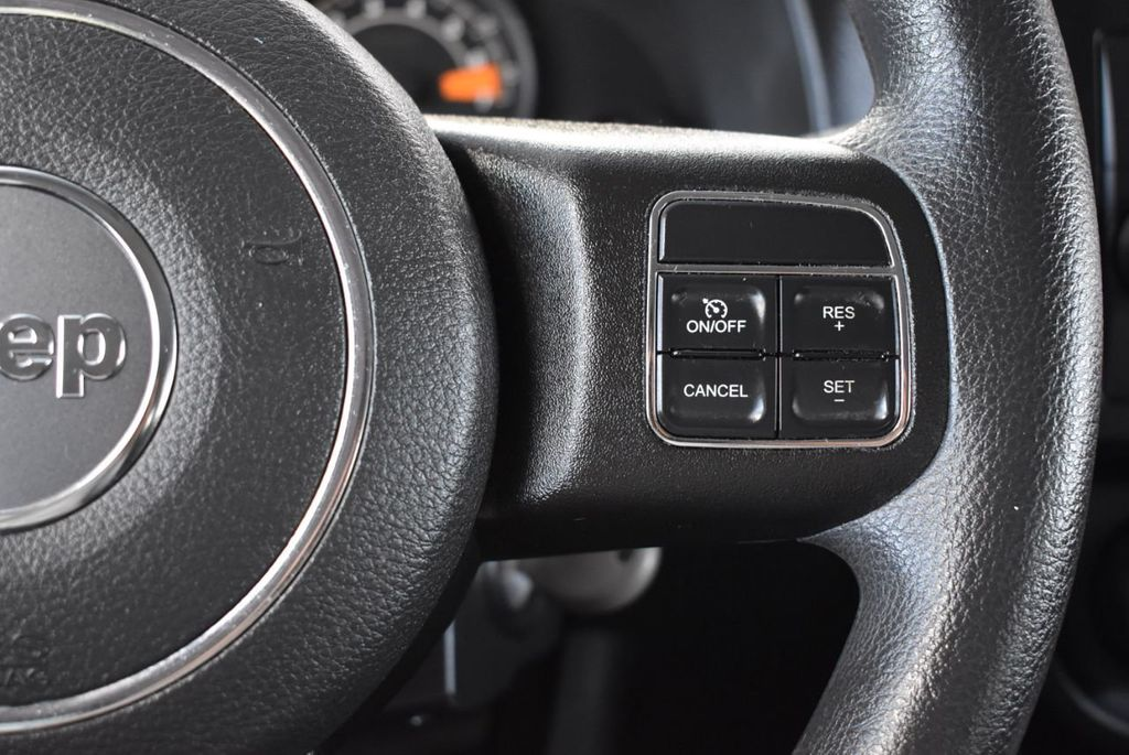 2015 Jeep Compass FWD 4dr Sport - 18415861 - 18