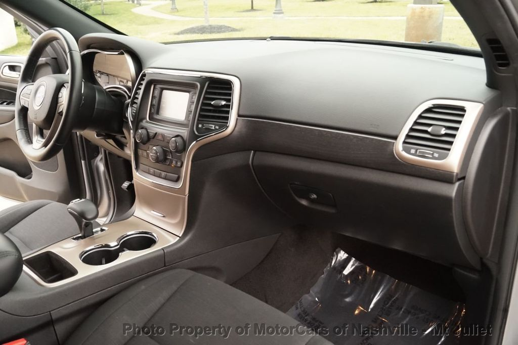 2015 Jeep Grand Cherokee 4WD 4dr Laredo - 18527738 - 26