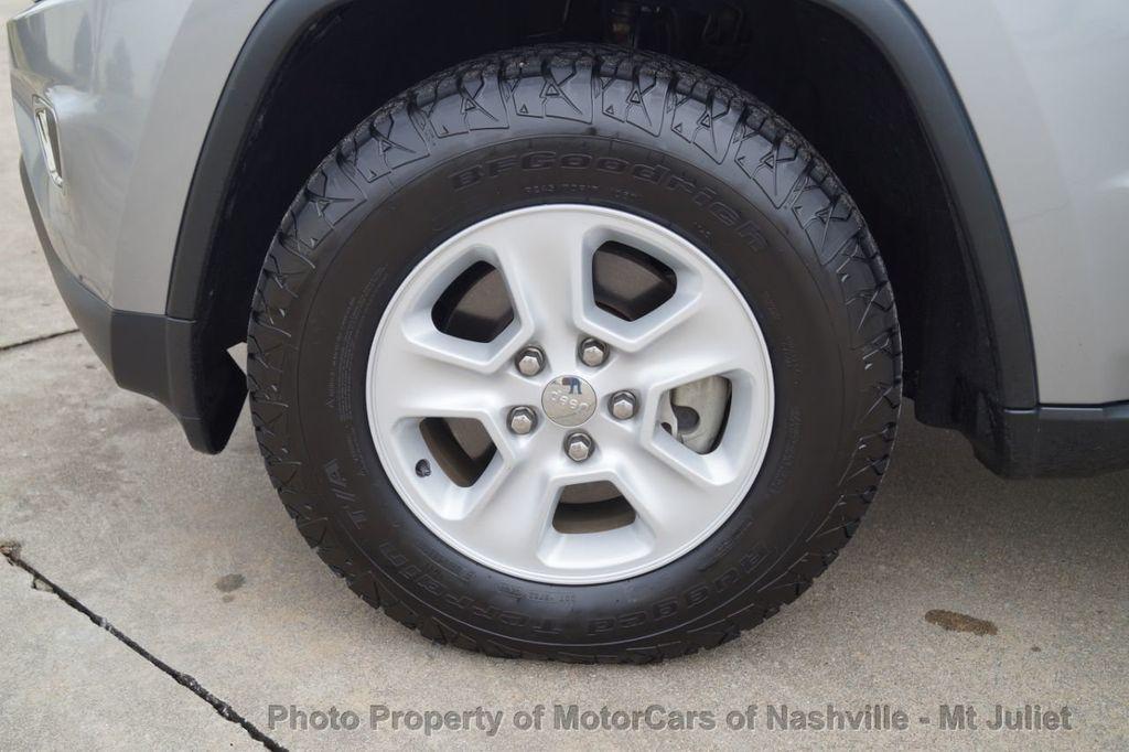 2015 Jeep Grand Cherokee 4WD 4dr Laredo - 18527738 - 40