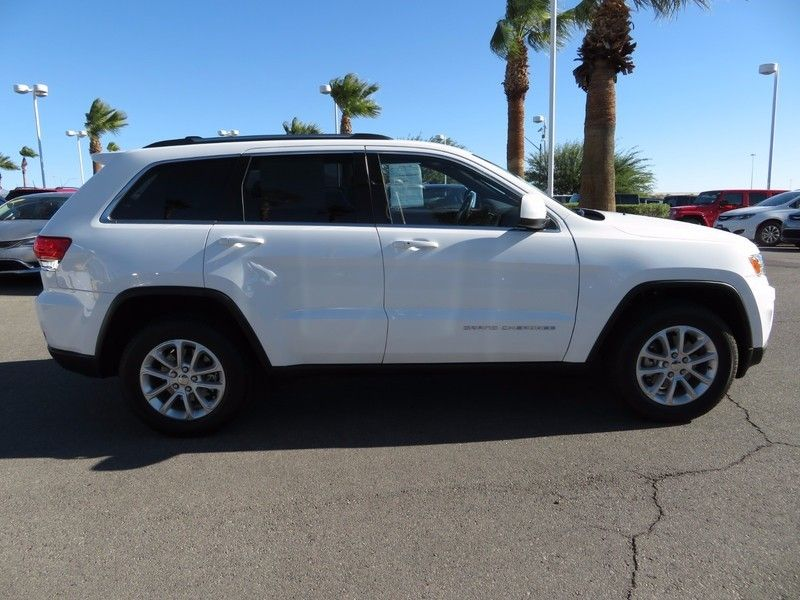 2015 Jeep Grand Cherokee LAREDO - 16882573 - 3
