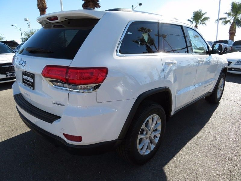 2015 Jeep Grand Cherokee LAREDO - 16882573 - 4