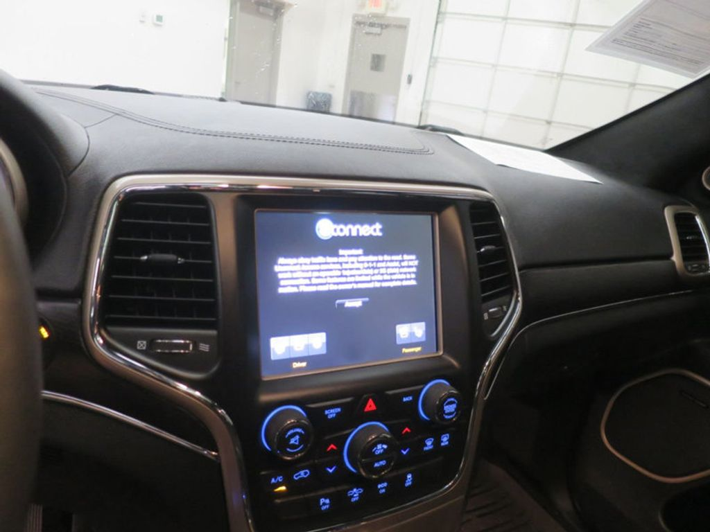 2015 Jeep Grand Cherokee RWD 4dr Summit - 16983931 - 27