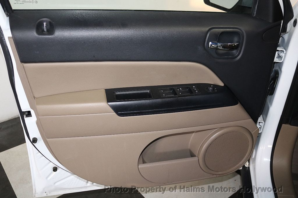 2015 Jeep Patriot FWD 4dr High Altitude Edition - 18668164 - 9