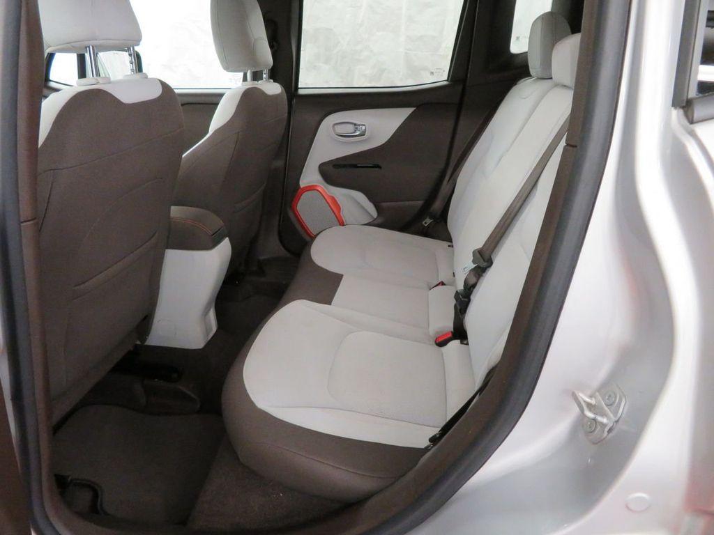 2015 Jeep Renegade 4WD 4dr Latitude - 18454174 - 19