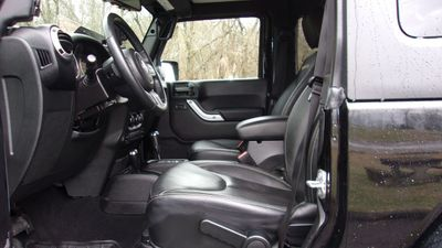 2015 Jeep Wrangler 4WD 2dr Sahara - Click to see full-size photo viewer