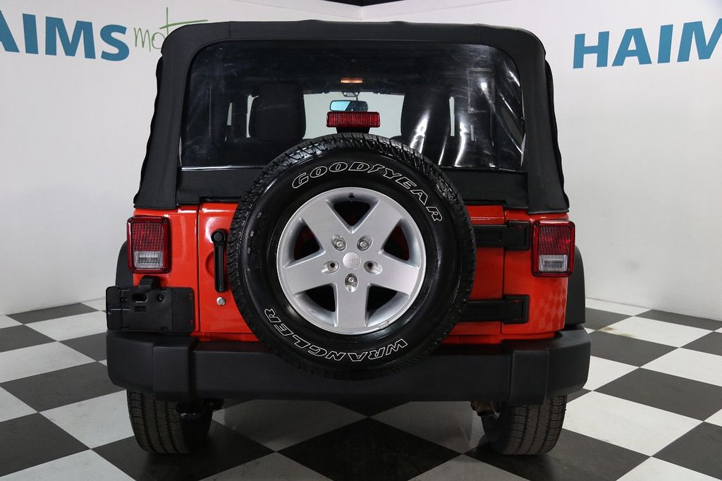 2015 Jeep Wrangler 4WD 2dr Sport - 16128698 - 4