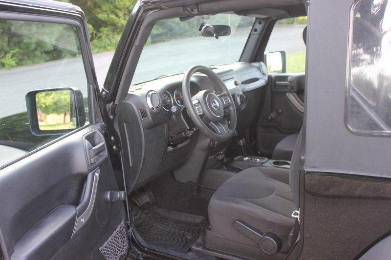 2015 Jeep Wrangler 4WD 2dr Sport - 18917777 - 47
