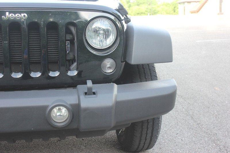 2015 Jeep Wrangler 4WD 2dr Sport - 18917777 - 52