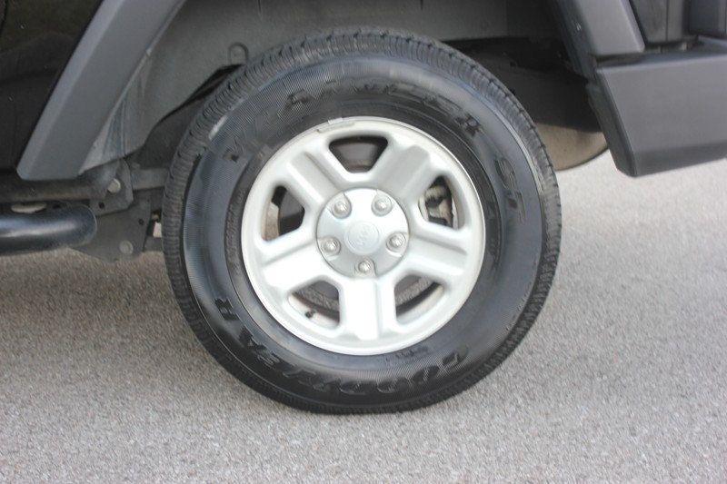 2015 Jeep Wrangler 4WD 2dr Sport - 18917777 - 65