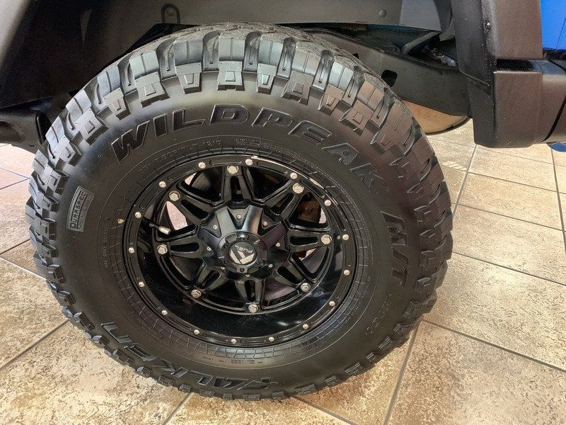 2015 Jeep Wrangler Unlimited 4WD 4dr Rubicon Hard Rock - 19435140 - 41