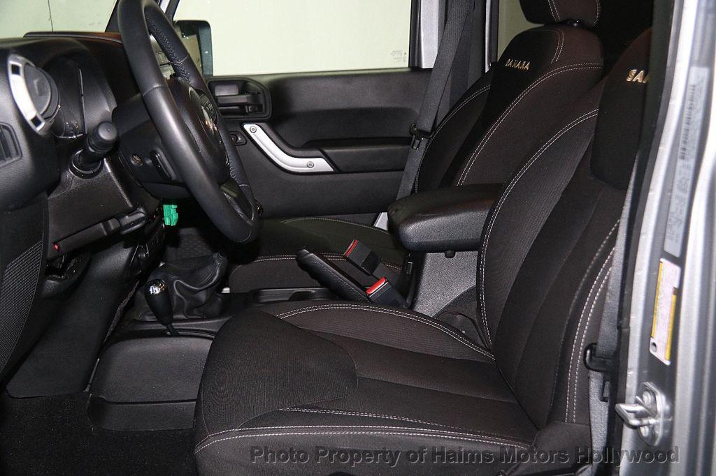 2015 Jeep Wrangler Unlimited 4WD 4dr Sahara - 17081038 - 18