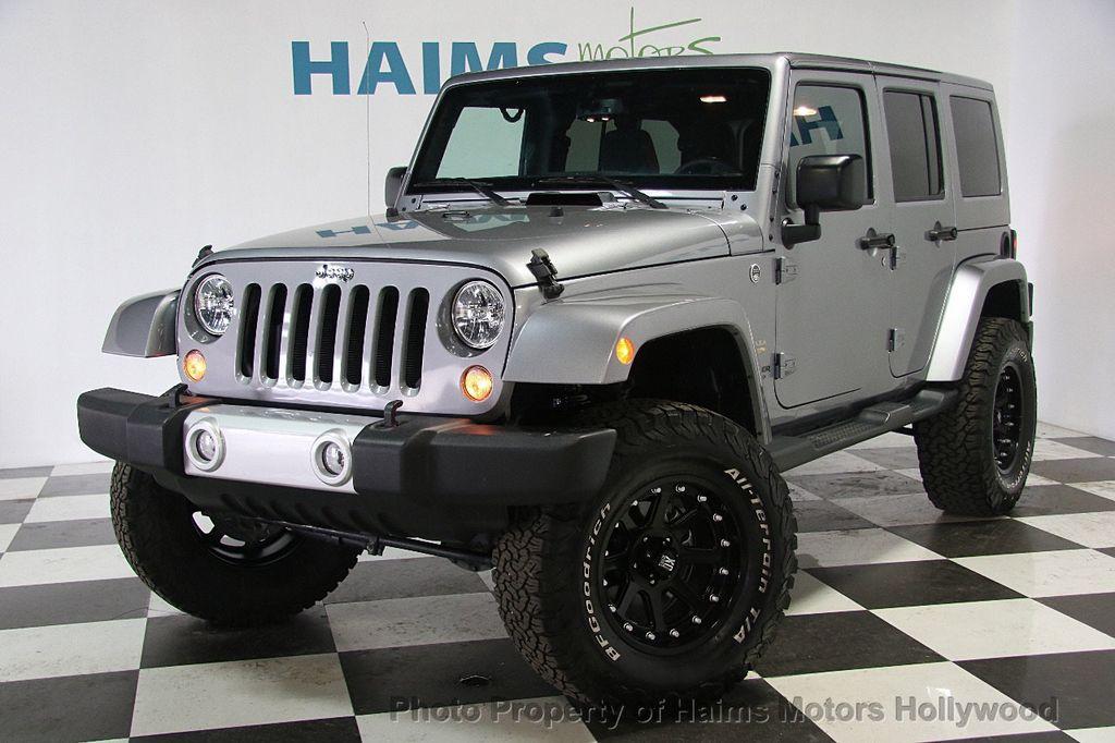 2015 Jeep Wrangler Unlimited 4WD 4dr Sahara - 17081038 - 1
