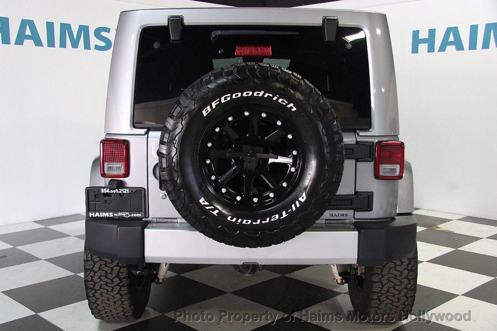 2015 Jeep Wrangler Unlimited 4WD 4dr Sahara - 17081038 - 5