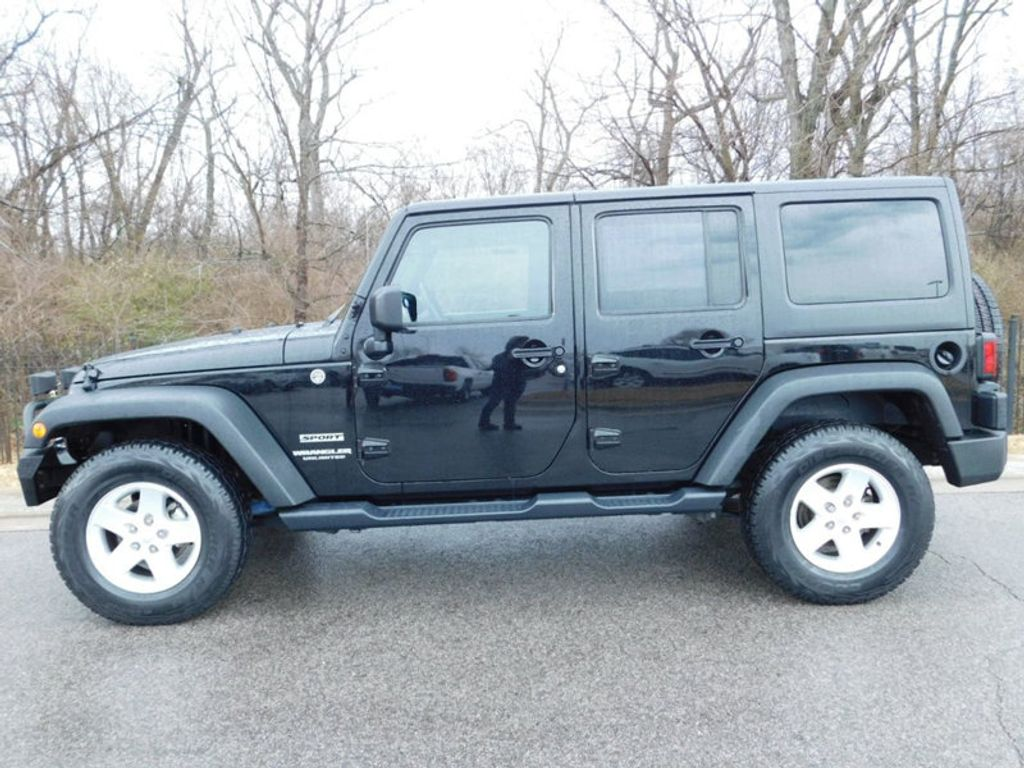 2015 Jeep Wrangler Unlimited 4WD 4dr Sport - 17323560 - 1