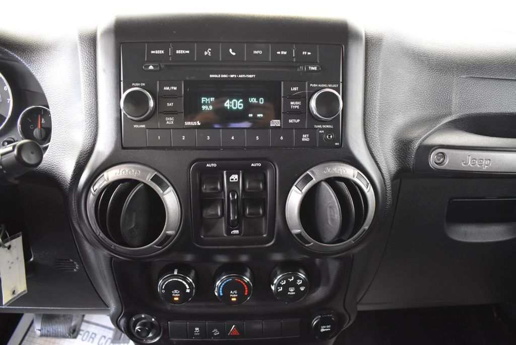 2015 Jeep Wrangler Unlimited Sport - 18268262 - 20