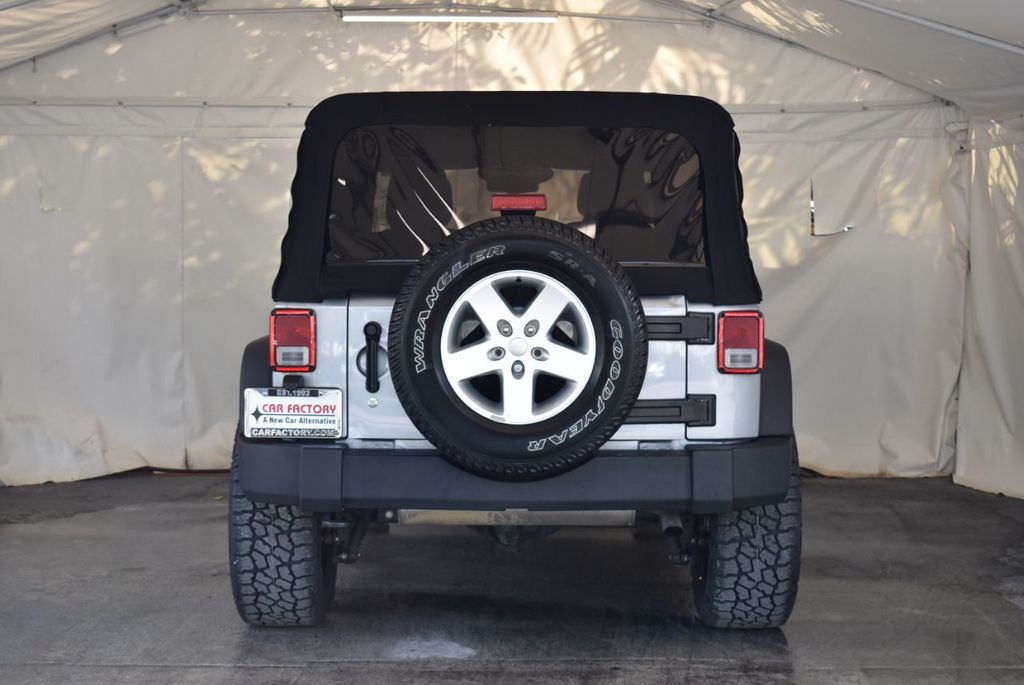 2015 Jeep Wrangler Unlimited Sport - 18268262 - 7