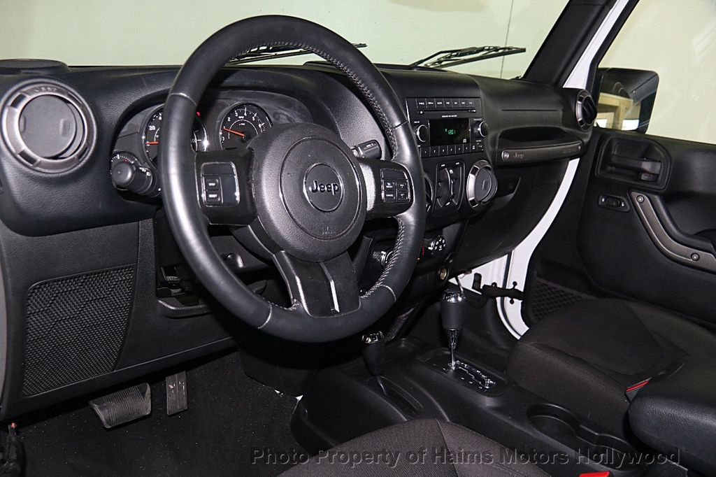 2015 Jeep Wrangler Unlimited Sport - 16088852 - 16