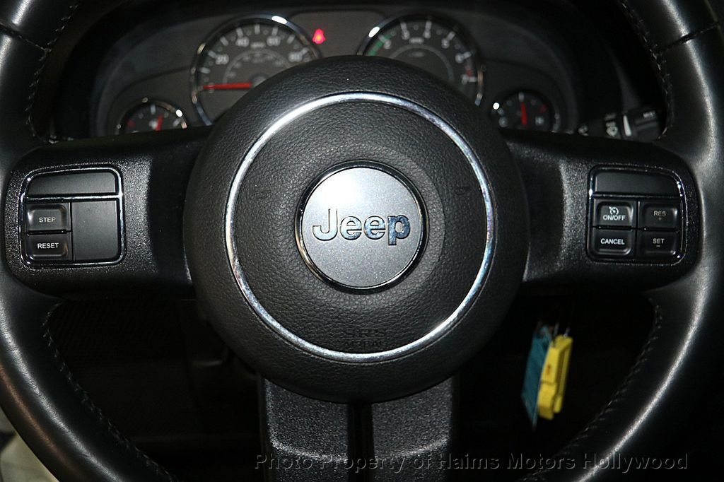 2015 Jeep Wrangler Unlimited Sport - 16088852 - 23
