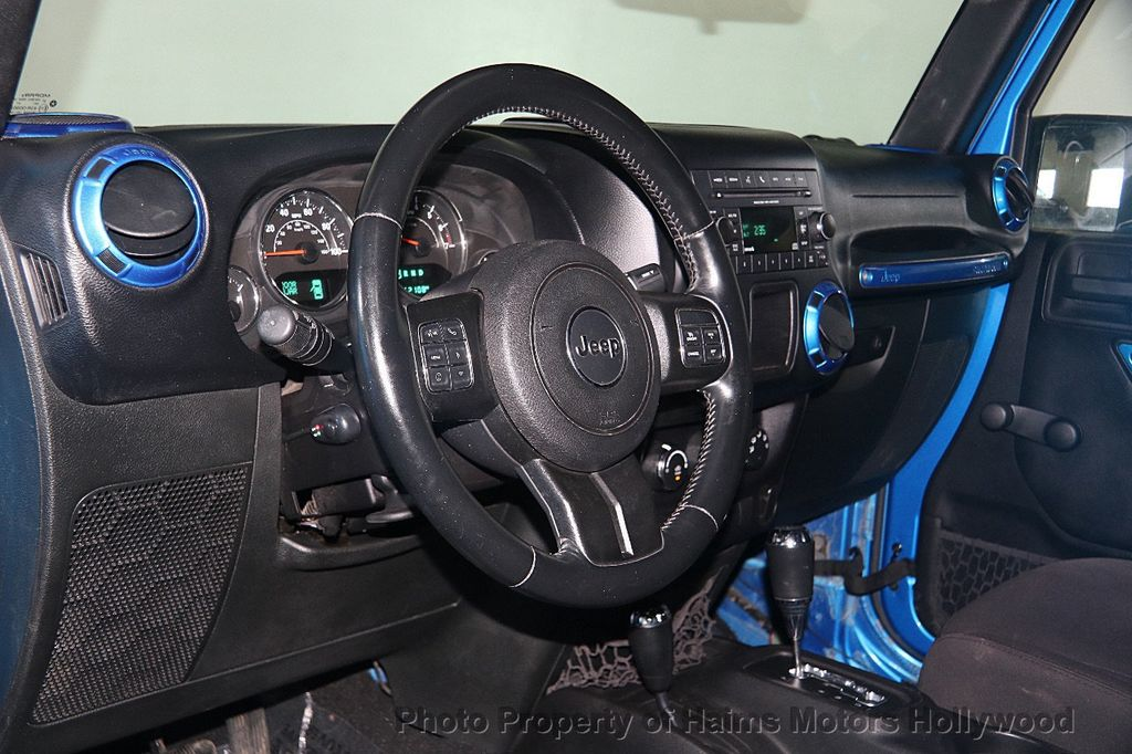 2015 Jeep Wrangler Unlimited Sport - 17297353 - 20