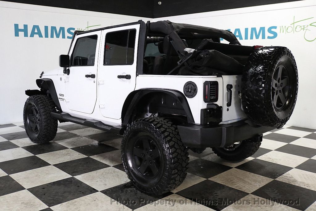 2015 Jeep Wrangler Unlimited Sport - 17793771 - 9
