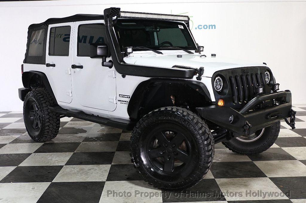 2015 Jeep Wrangler Unlimited Sport - 17793771 - 17