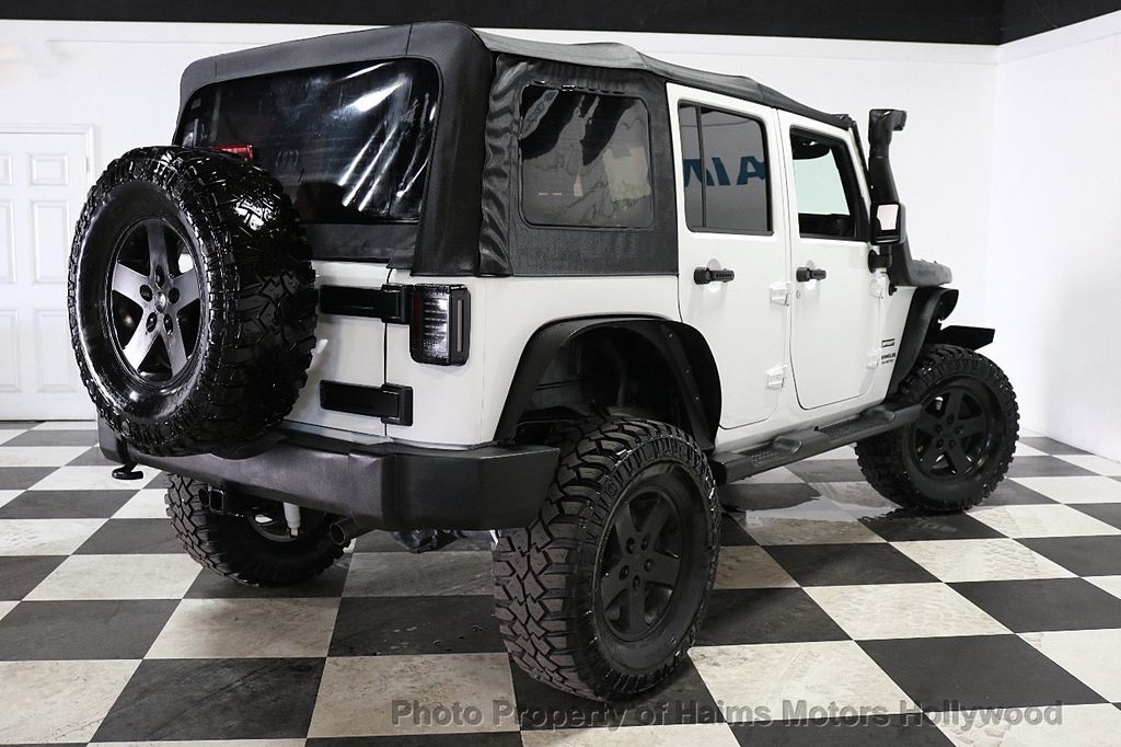 2015 Jeep Wrangler Unlimited Sport - 17793771 - 20