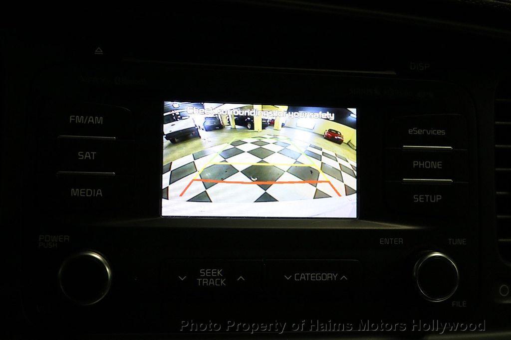 2015 Kia Optima 4dr Sedan EX - 17656290 - 30