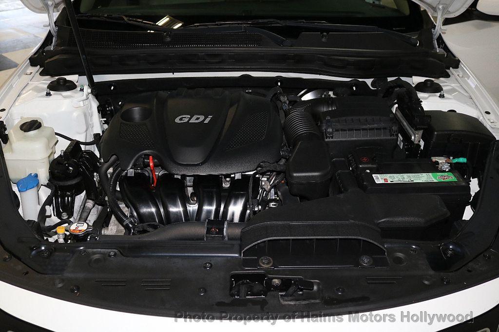 2015 Kia Optima 4dr Sedan EX - 17656290 - 32
