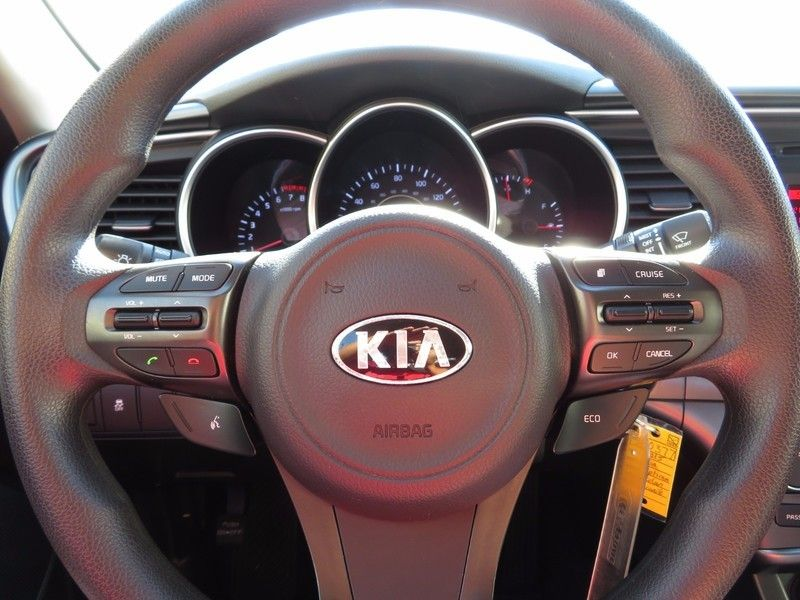 2015 Kia Optima 4dr Sedan LX - 16895884 - 19