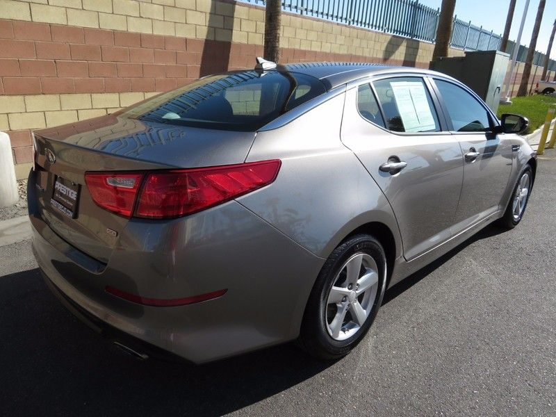 2015 Kia Optima 4dr Sedan LX - 16895884 - 4